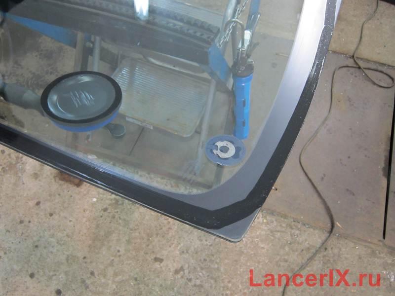 Лобовое стекло Лансер 9