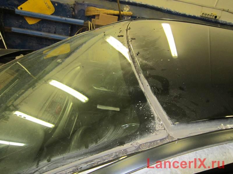 Молдинги лобового стекла Лансер 9